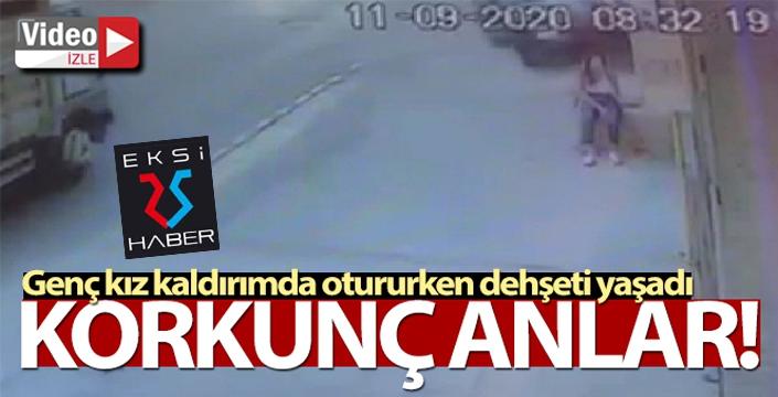 Kaldırımda oturan genç kıza otomobil çarptı, o anlar kameraya yansıdı